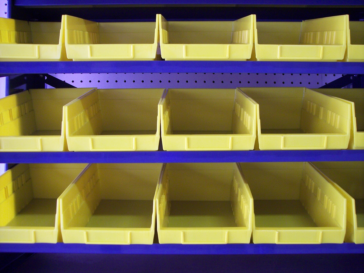Finger ... & Stackable Plastic Bins | All American Rack Company Warehouse Pallet ...
